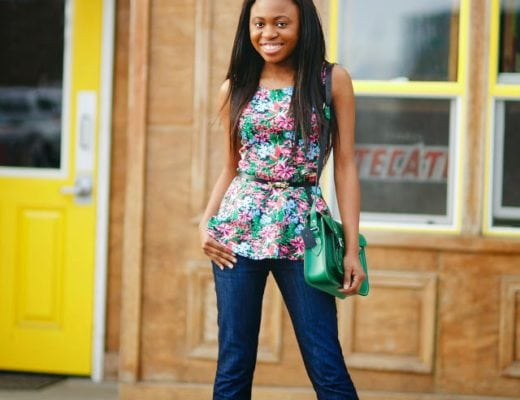 Flare denim jeans outfit