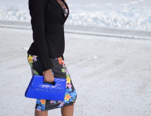 """Alaska Fashion: This is a chic and unique way to wear a floral bodycon midi dress by combining it with a fitted blazer. Can also be worn without a jacket in the spring and summer. This is a pretty sleek way to transform a """"party outfit"""" to a workwear. Click to find out more affordable ways to transform your looks!"""