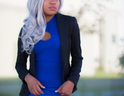 Black and blue outfit | This black and blue blazer and pants outfit is the perfect balance of a classic and modern look. Paired with a high waist wide leg pants and short sleeve sweater makes it a perfect fall outfit. Click to check out the rest of her looks. Fashion blogger | Style blogger | Fall style | Fall fashion | African