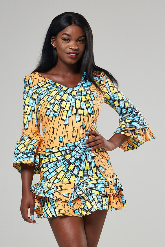 50+ best African print dresses | Looking for the best & latest African print dresses? From ankara Dutch wax, Kente, to Kitenge and Dashiki. All your favorite styles in one place (+find out where to get them). Click to see all! Ankara, Dutch wax, Kente, Kitenge, Dashiki, African print dress, African fashion, African women dresses, African prints, Nigerian style, Ghanaian fashion, Senegal fashion, Kenya fashion, Nigerian fashion #fashion #ankara #kente