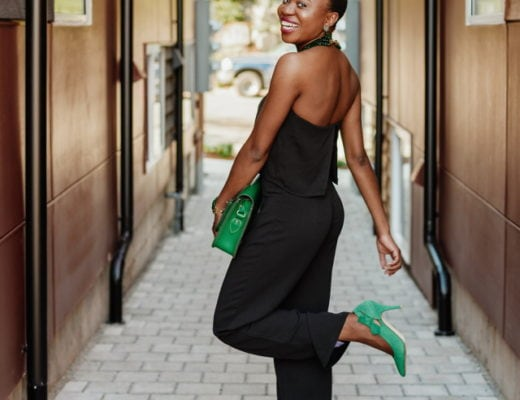 Cute fall outfits: black sleeveless jumpsuit